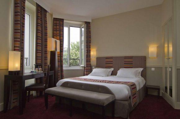 Hotel Plaza Etoile - Paris - France
