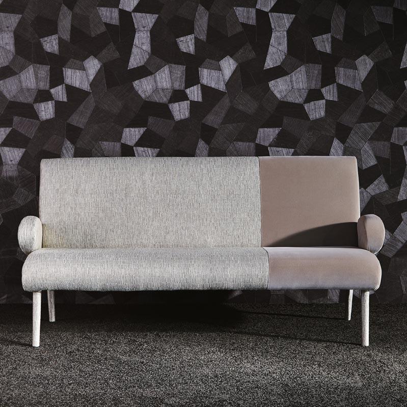 kino la fibule. Black Bedroom Furniture Sets. Home Design Ideas